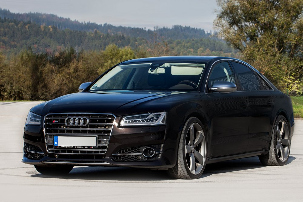 luxury car zilina  Luxury | POŽIČOVŇA ÁUT • ScuderiaRent
