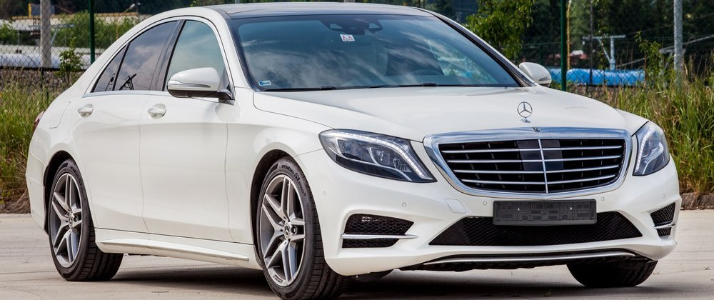 33e0ff862359 scuderiarent-bratislava-zilina-pozicovna-luxusnych-aut-mercedes-bmw-